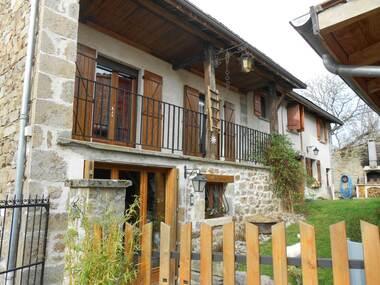 Vente Maison 6 pièces 180m² Saint-Dier-d'Auvergne (63520) - photo