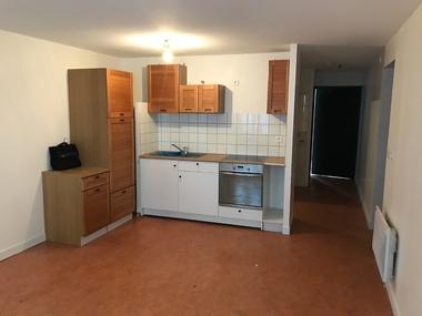 Vente Appartement 2 pièces 45m² Yssingeaux (43200) - photo