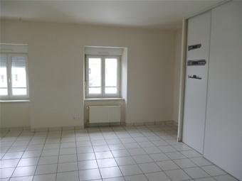 Location Appartement 2 pièces 40m² Saint-Jeures (43200) - photo