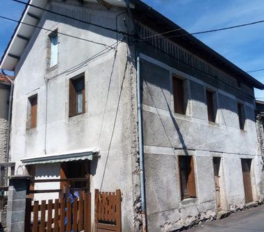 Vente Maison 7 pièces 140m² Le Pertuis (43200) - photo
