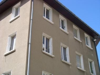 Location Appartement 5 pièces 82m² Yssingeaux (43200) - photo