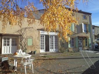 Vente Maison 4 pièces 152m² Sallèdes (63270) - photo