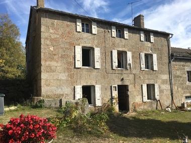 Vente Maison 8 pièces 170m² Le Chambon-sur-Lignon (43400) - photo