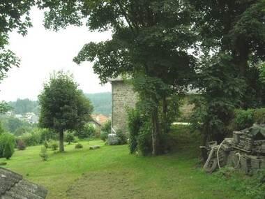 Vente Maison 8 pièces 180m² Le Chambon-sur-Lignon (43400) - photo