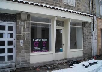 Location Local commercial 2 pièces 50m² Saint-Bonnet-le-Château (42380) - photo