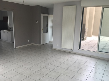 Location Appartement 6 pièces 97m² Saint-Étienne (42000) - photo