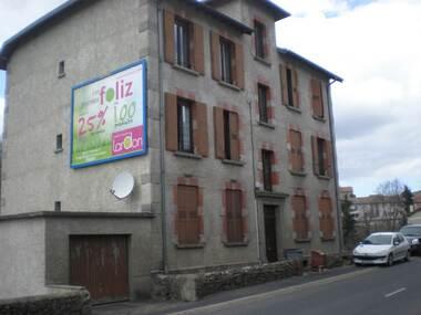 Vente Immeuble 18 pièces 320m² Montfaucon-en-Velay (43290) - photo