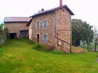 Vente Maison 7 pièces 300m² Vertolaye (63480) - photo