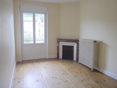 Location Appartement 4 pièces 60m² Saint-Étienne-Lardeyrol (43260) - photo
