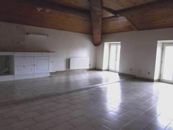 Location Appartement 2 pièces 60m² Saint-Genest-Lerpt (42530) - photo