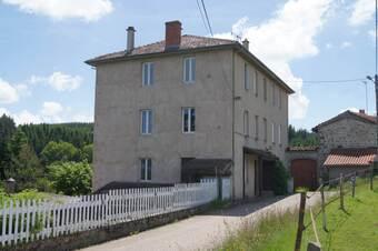 Vente Immeuble 20 pièces 450m² Saint-Nizier-de-Fornas (42380) - photo