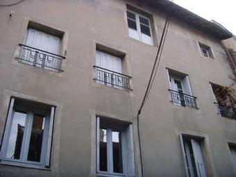 Vente Immeuble 20 pièces 500m² Centre ville d'Yssingeaux. - photo