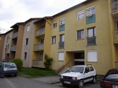 Location Appartement 2 pièces 46m² Saint-Didier-en-Velay (43140) - photo