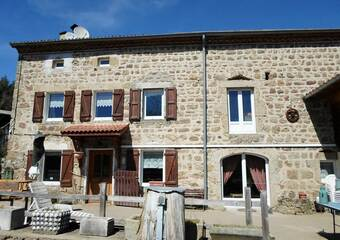 Vente Maison 5 pièces 125m² Saillant (63840) - photo