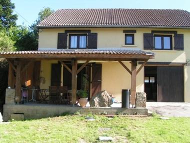 Vente Maison 4 pièces 145m² 20 MN DE MONTBRISON 35 MN DE SAINT ÉTIENNE - photo