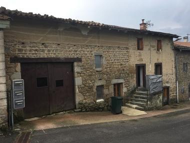 Vente Maison 2 pièces 79m² Tours-sur-Meymont (63590) - photo