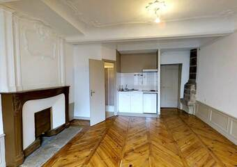 Location Appartement 1 pièce 28m² Le Puy-en-Velay (43000) - photo