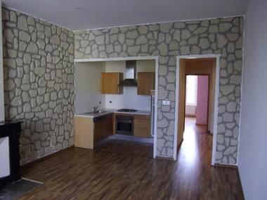 Location Appartement 3 pièces 64m² Le Chambon-Feugerolles (42500) - photo