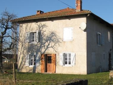 Location Maison 4 pièces 85m² Chaumont-le-Bourg (63220) - photo