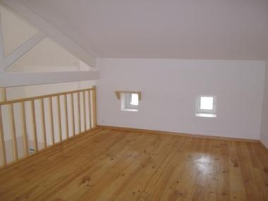 Vente Maison 3 pièces 76m² A 10mn du PUY - photo