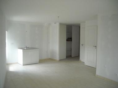 Location Appartement 2 pièces 44m² Le Chambon-sur-Lignon (43400) - photo