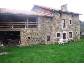 Vente Maison 10 pièces 350m² Saint-Anthème (63660) - photo