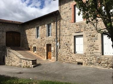 Vente Maison 6 pièces 300m² Dunières (43220) - photo
