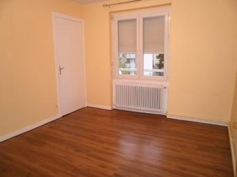 Location Appartement 2 pièces 60m² Le Chambon-Feugerolles (42500) - photo