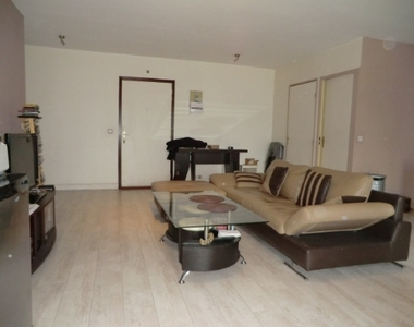 Location Appartement 2 pièces 54m² Saint-Étienne (42000) - photo
