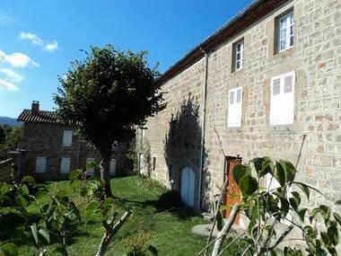 Vente Maison 8 pièces 240m² Estivareilles (42380) - photo