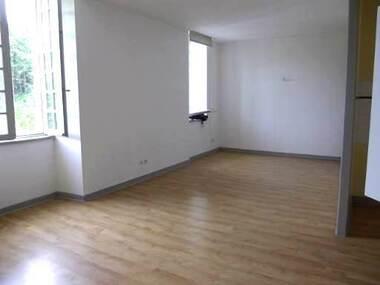 Location Appartement 3 pièces 66m² La Séauve-sur-Semène (43140) - photo