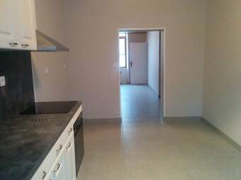 Location Appartement 2 pièces 74m² Ambert (63600) - photo