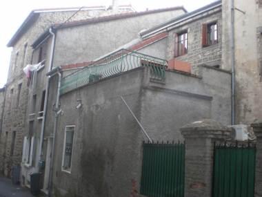 Vente Maison 9 pièces 120m² Montfaucon-en-Velay (43290) - photo