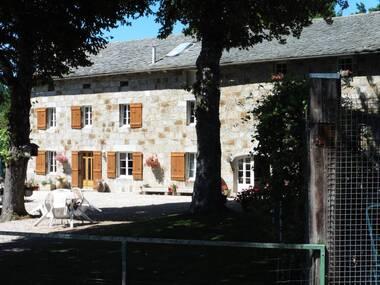 Vente Maison 12 pièces 655m² Le Chambon-sur-Lignon (43400) - photo