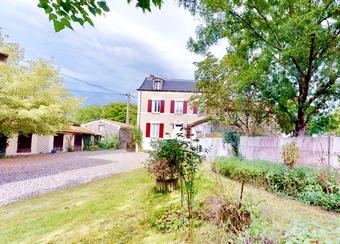 Vente Maison 6 pièces 150m² Saint-Ignat (63720) - photo