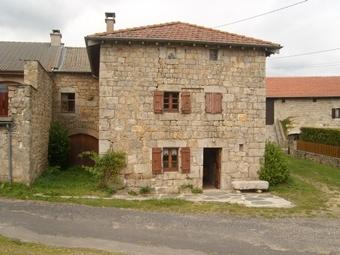 Location Maison 5 pièces 75m² Tence (43190) - photo