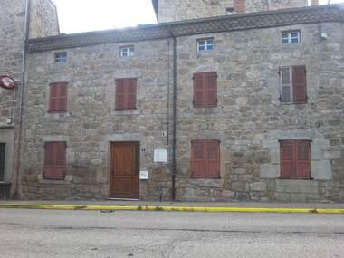 Vente Maison 5 pièces 115m² Bourg-Argental (42220) - photo