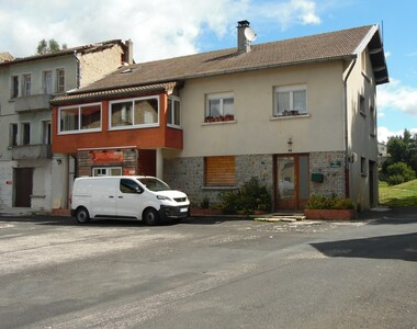 Vente Maison 11 pièces 170m² Montfaucon-en-Velay (43290) - photo