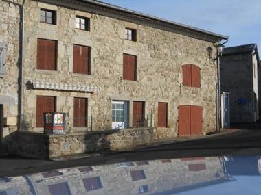 Vente Maison 7 pièces 199m² Églisolles (63840) - photo
