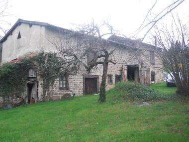 Vente Maison 1 pièce 200m² Marat (63480) - photo