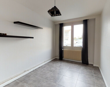 Location Appartement 2 pièces 42m² Issoire (63500) - photo