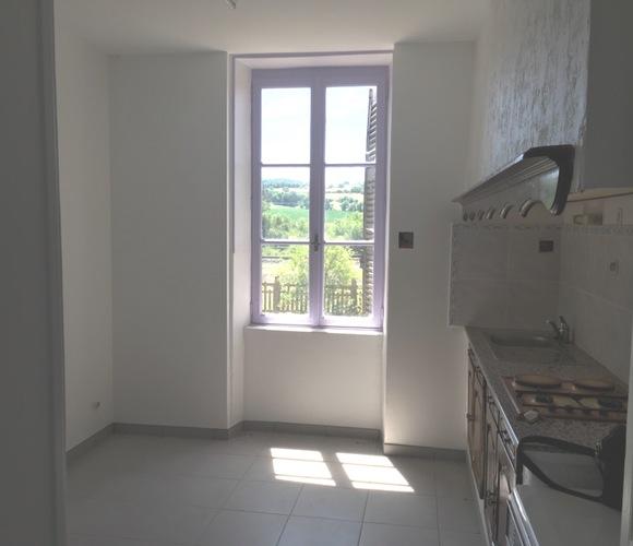 Vente Appartement 4 pièces 65m² Mazeyrat-d'Allier (43300) - photo