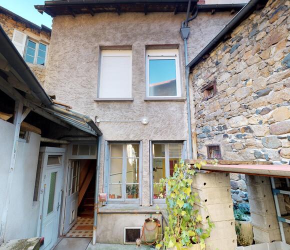 Vente Maison 8 pièces 150m² Retournac (43130) - photo