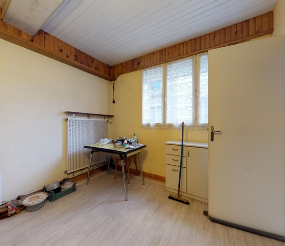 Vente Maison 10 pièces 110m² Maringues (63350) - photo