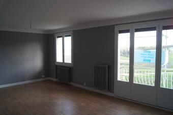 Location Appartement 4 pièces 85m² Saint-Bonnet-le-Château (42380) - photo