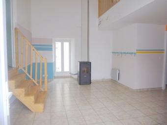 Location Maison 4 pièces 79m² Loudes (43320) - photo