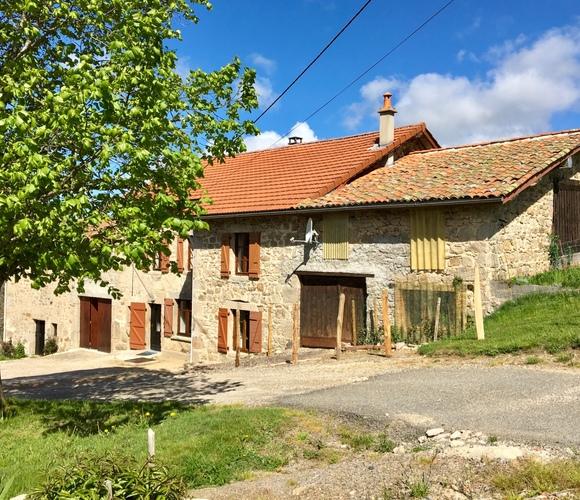 Vente Maison 5 pièces 102m² Vollore-Montagne (63120) - photo