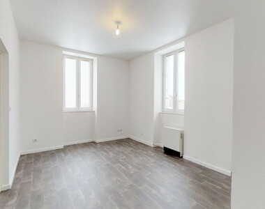 Location Appartement 3 pièces 54m² Paulhaguet (43230) - photo
