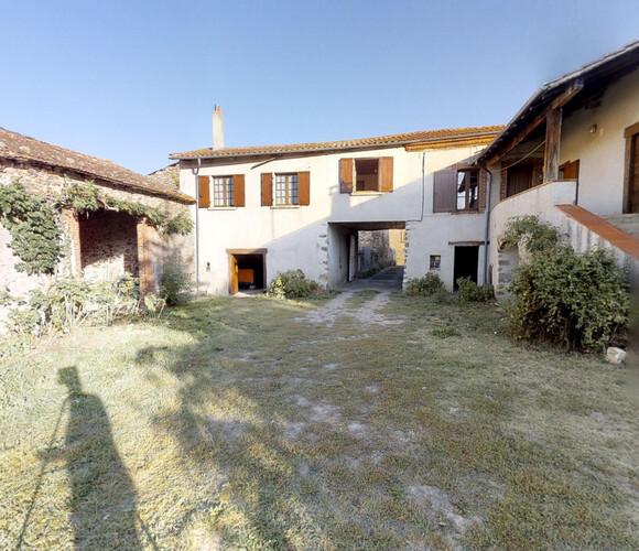 Vente Maison 5 pièces 2 100m² Azérat (43390) - photo