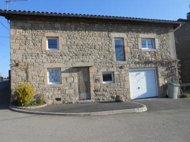 Location Appartement 1 pièce 35m² Rozier-Côtes-d'Aurec (42380) - photo